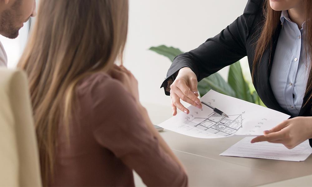 担当デザイナーによるヒアリングの画像