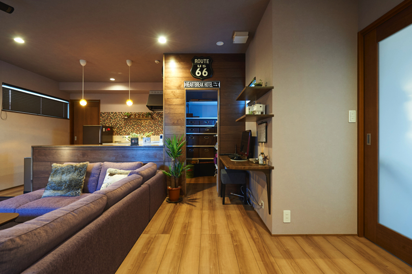 modernism housing hor two generationsの画像
